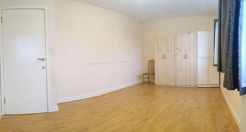 1 Bedroom Flat for rent in Green Lane, Dagenham, RM8