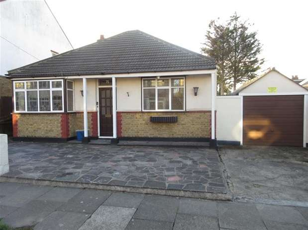 Property for rent in Cromwell Road, Southend on Sea