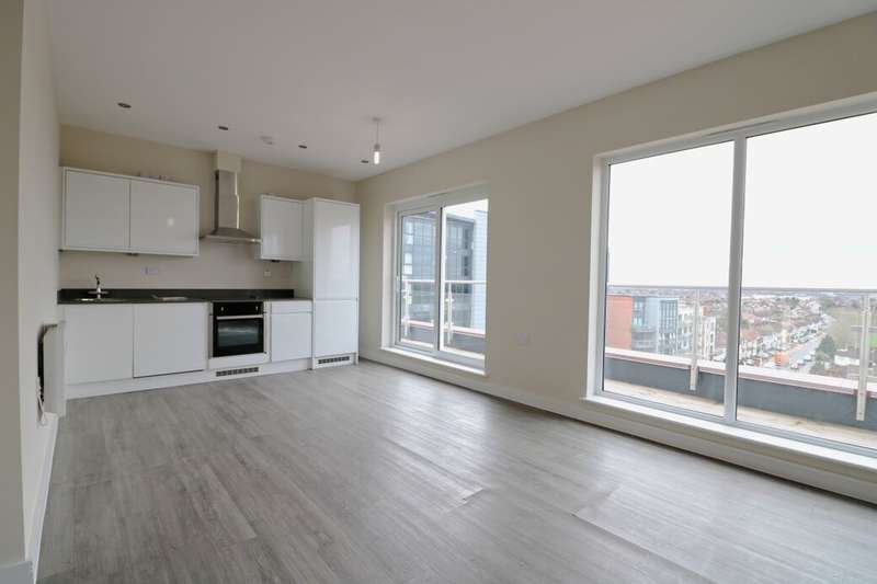 2 Bedrooms Flat for rent in Perth Road, Ilford, IG2