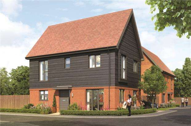 3 Bedrooms Detached House for sale in Buckler's Park, Old Wokingham Road, Crowthorne