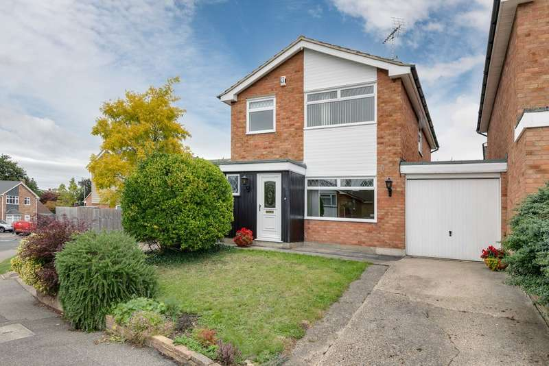 4 Bedrooms Detached House for sale in Great Baddow, Chelmsford