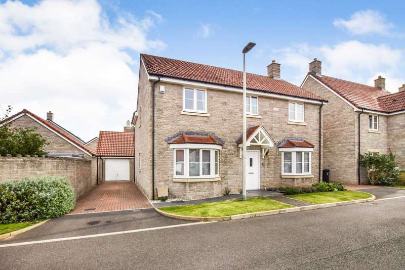 4 Bedrooms Detached House for sale in 15 St Congars Way, Congresbury, BS49 5BF