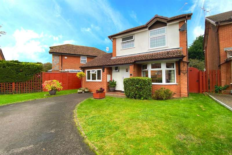 3 Bedrooms Detached House for sale in Stonea Close, Lower Earley, Reading