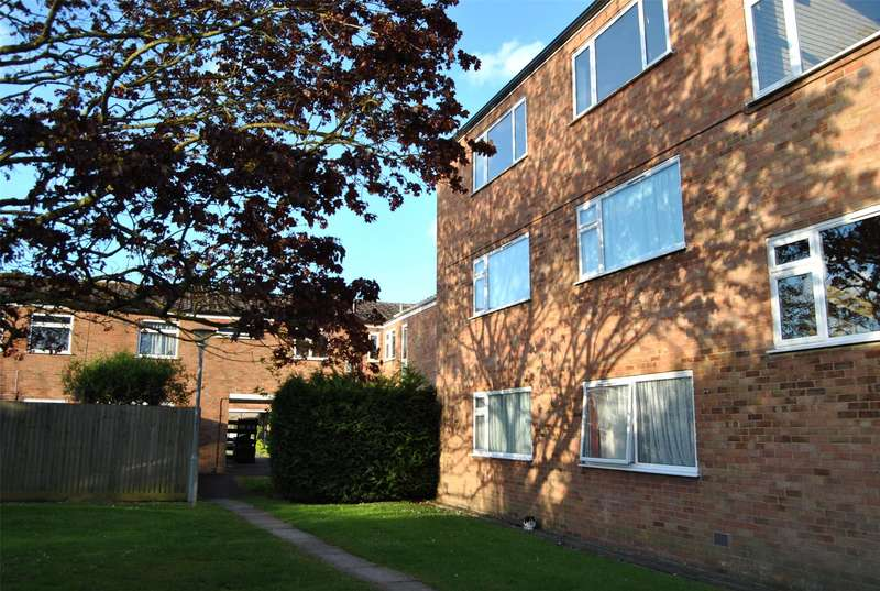 1 Bedroom Flat for sale in Perry Hill, TEWKESBURY, Gloucestershire, GL20