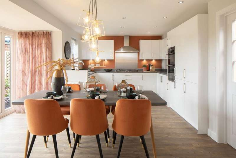 4 Bedrooms House for sale in The Holden, Donnington Heights, Off Northern Avenue, Love Lane, Newbury, RG14 2JH