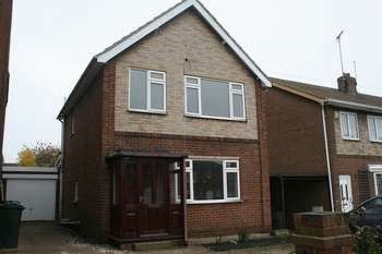3 Bedrooms Detached House for sale in Goldthorpe Road, Goldthorpe, Rotherham