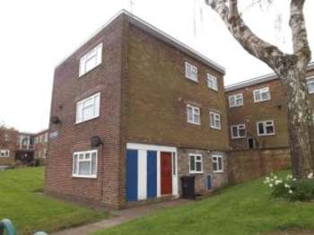 2 Bedrooms Flat for sale in Stour House, Queensway, Oldbury, West Midlands