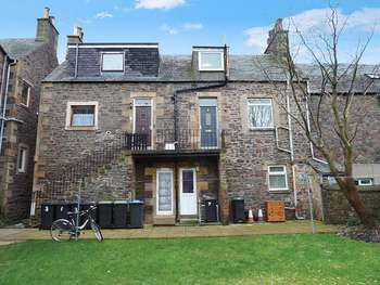 2 Bedrooms Flat for sale in Livingstone Place, GALASHIELS, Scottish Borders