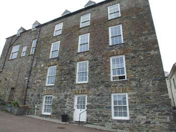 1 Bedroom Flat for sale in Fore Street, Camelford
