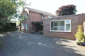 4 Bedrooms Detached House for sale in The Park, Roby, Liverpool, L36