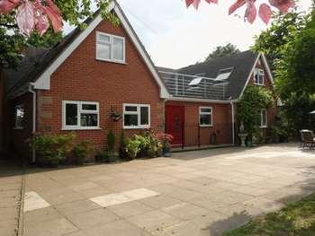 6 Bedrooms Detached House for sale in Stanton-by-bridge, Derby