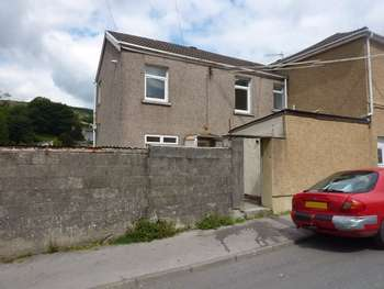 2 Bedrooms Terraced House for sale in Bridge Street, Glyncorrwg, Port Talbot, West Glamorgan