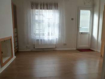 2 Bedrooms Terraced House for sale in Dickson Road, Dover, Kent