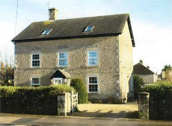 8 Bedrooms Detached House for sale in Hungerdown Lane, Chippenham