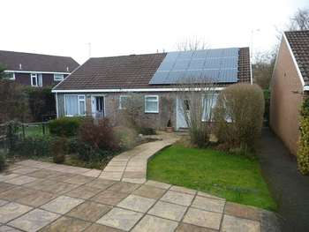 2 Bedrooms Semi Detached Bungalow for sale in Tredanek Close, Bodmin