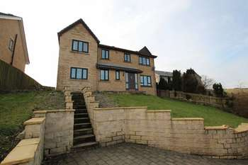 4 Bedrooms Property for sale in Daneswood Avenue, Whitworth OL12 8UY