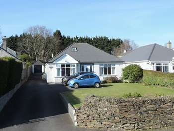 5 Bedrooms Detached Bungalow for sale in Upland Crescent, Truro