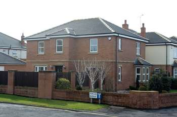 4 Bedrooms Detached House for sale in Carr Head Lane, Poulton-Le-Fylde