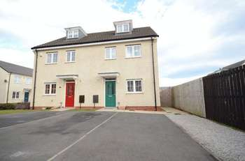 3 Bedrooms Semi Detached House for sale in Denewood, Murton, Seaham