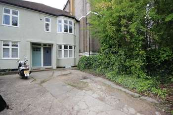 2 Bedrooms Flat for sale in Honor Oak Park, London