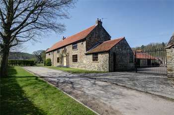 5 Bedrooms Detached House for sale in Esh Winning, Durham, DH7