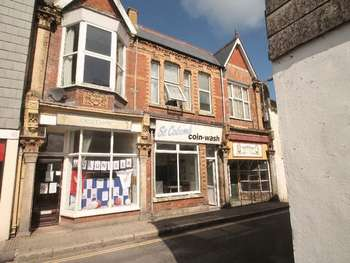 1 Bedroom Commercial Property for sale in Fore Street, St. Columb