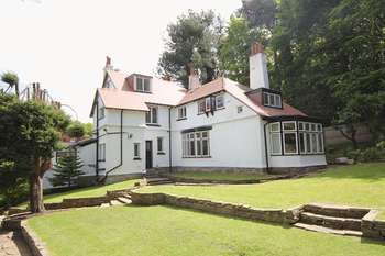 5 Bedrooms Detached House for sale in Vyner Road North, Prenton, Wirral