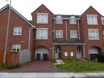 4 Bedrooms Terraced House for sale in Barnton Close, Bootle