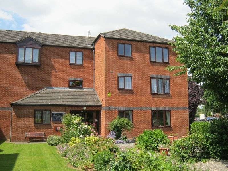 2 Bedrooms Flat for sale in Greytree Road, Ross-on-Wye