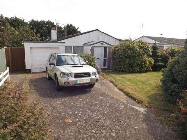 4 Bedrooms Detached Bungalow for sale in Little Castle Grove, Herbrandston, Milford Haven, Pembrokeshire