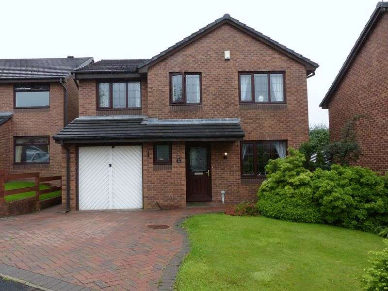 4 Bedrooms Detached House for sale in Highfield Drive, Royton