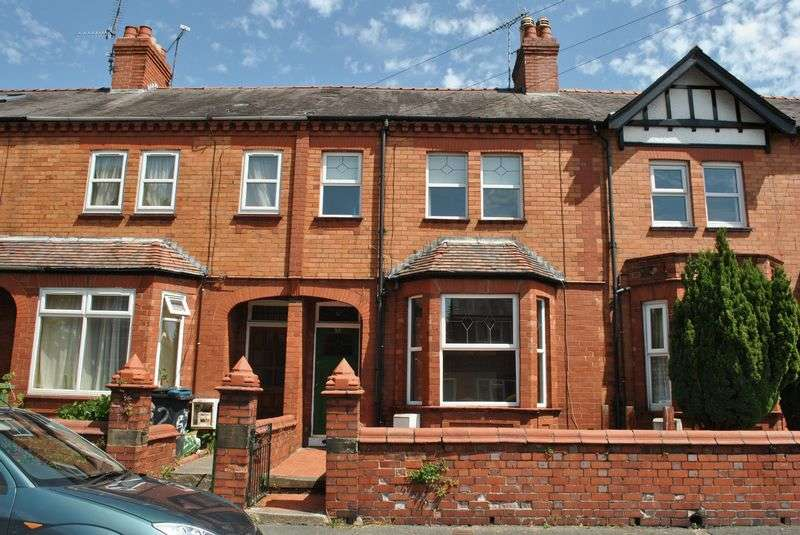 3 Bedrooms Terraced House for sale in Gerald Street, Wrexham