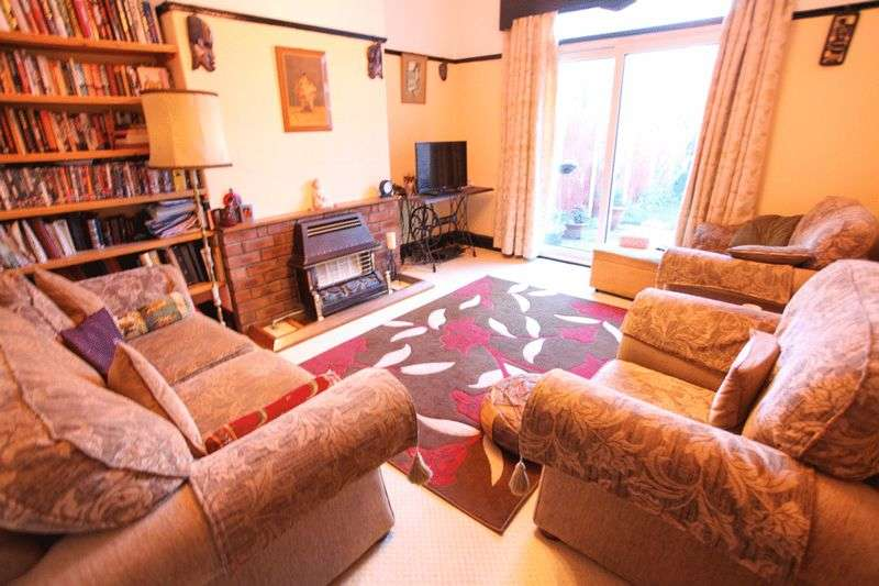 3 Bedrooms Semi Detached House for sale in Silverbeech Avenue, Liverpool