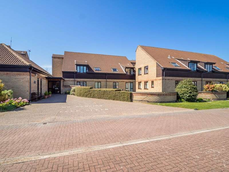 1 Bedroom Retirement Property for sale in Meadow Court, Gorleston-on-Sea, NR31 6LB