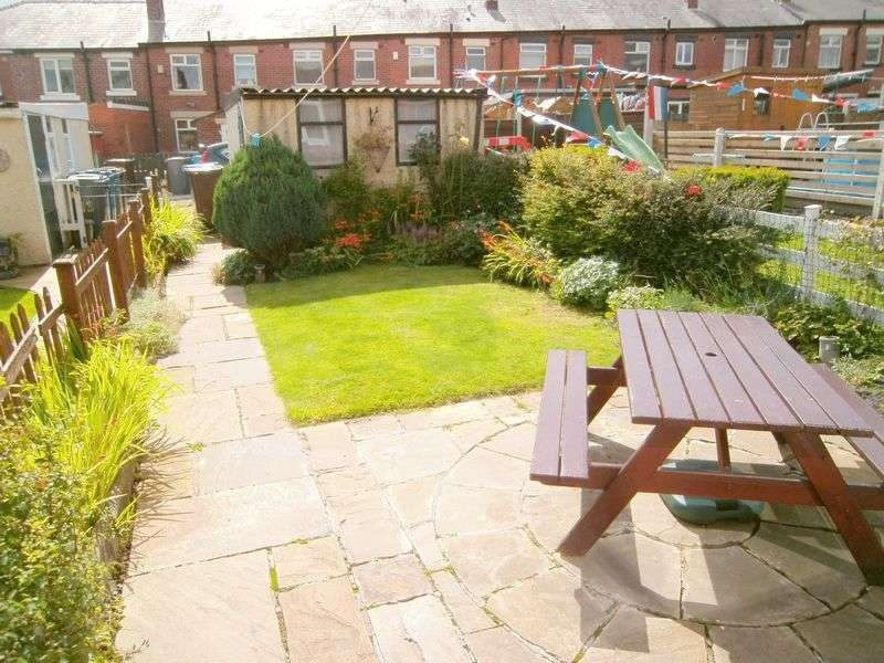 2 Bedrooms Terraced House for sale in Garnett St, Ramsbottom, Bury BL0