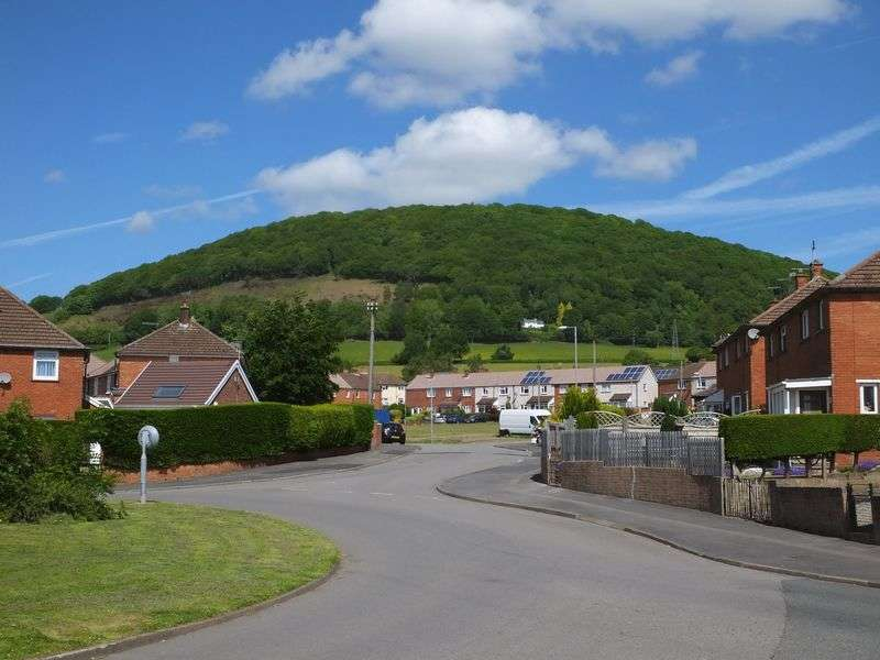 3 Bedrooms Flat for sale in Hillcrest Road, Abergavenny