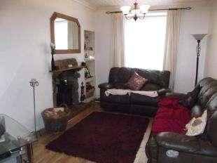 3 Bedrooms Terraced House for sale in Stryd Y Plas, Nefyn, Pwllheli, Gwynedd, LL53