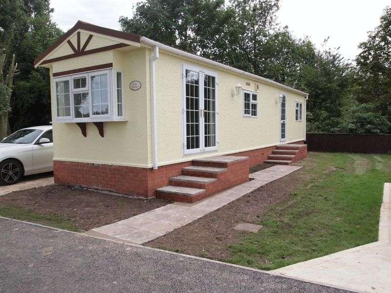 2 Bedrooms Detached Bungalow for sale in Wainfleet Bank, Wainfleet