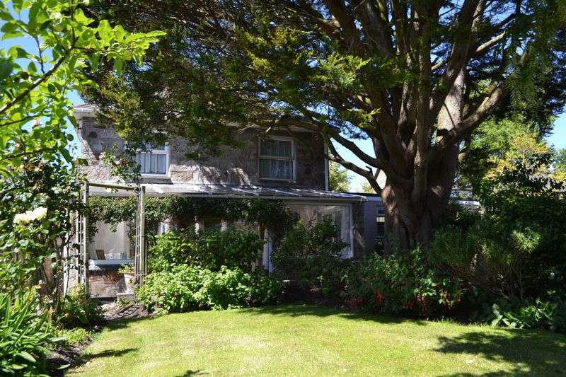 3 Bedrooms Cottage House for sale in Crowlas, Penzance