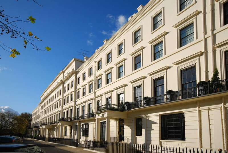 2 Bedrooms Flat for sale in Hyde Park Gardens, Bayswater, W2