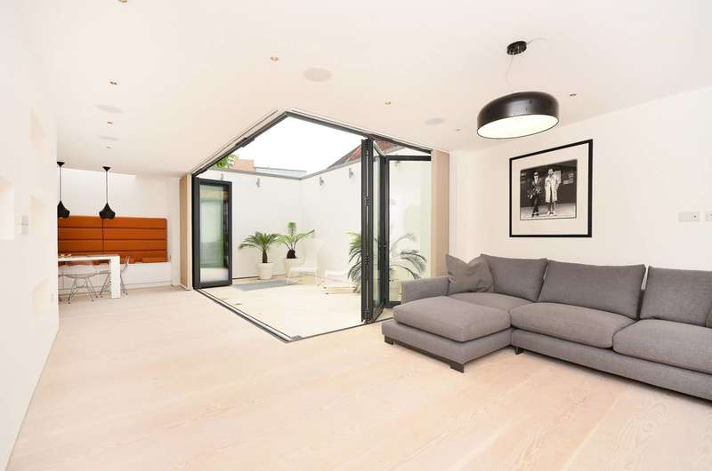 4 Bedrooms House for sale in Northchurch Road, Islington, N1