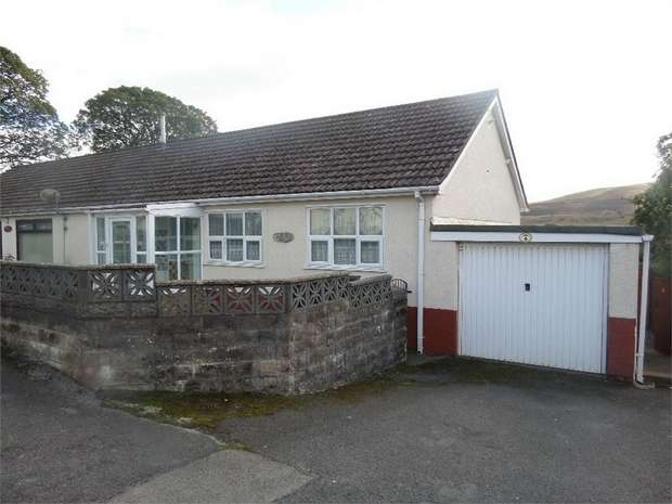 3 Bedrooms Semi Detached Bungalow for sale in Llanover Road, Blaenavon, PONTYPOOL