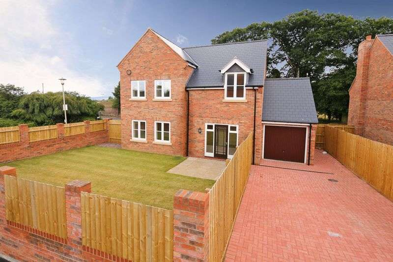 4 Bedrooms Detached House for sale in High Ercall, Telford
