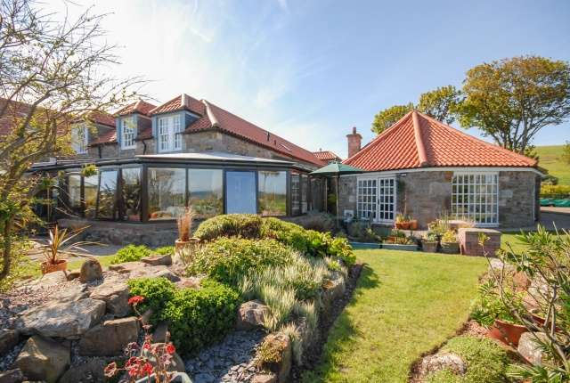 4 Bedrooms Farm House Character Property for sale in Caiplie Court, Anstruther, Fife, KY10 3JR