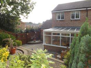 2 Bedrooms Semi Detached House for sale in St. Paulinus Crescent, Catterick, Richmond, North Yorkshire
