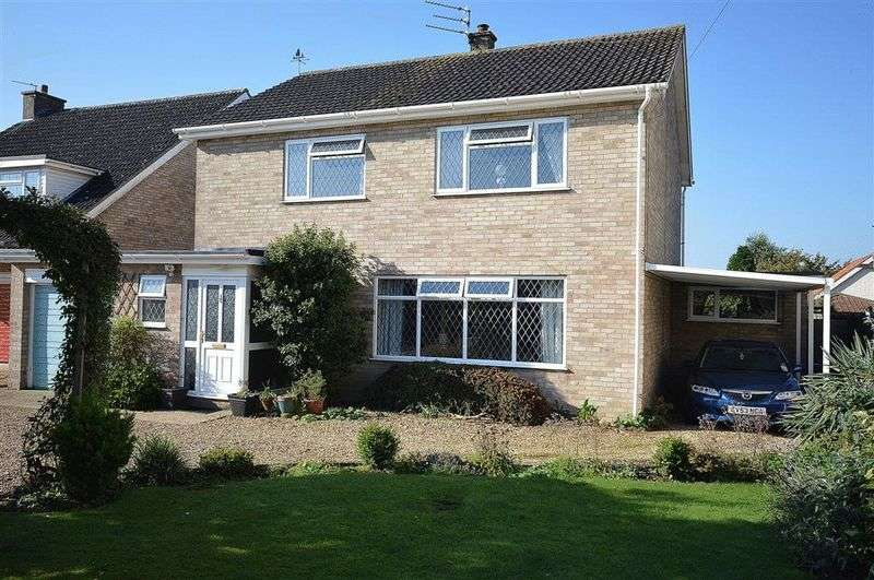 4 Bedrooms Detached House for sale in Dereham Road Watton