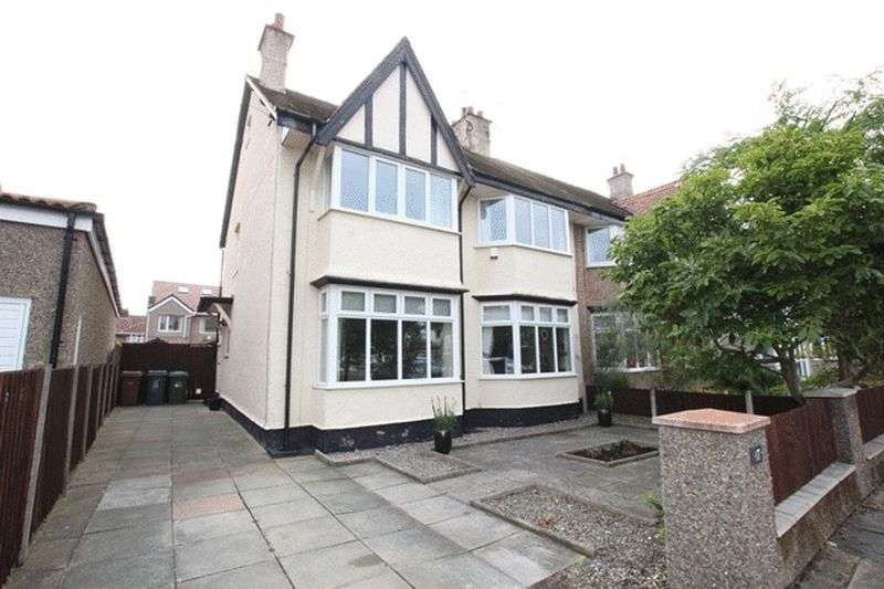 4 Bedrooms Semi Detached House for sale in Queens Avenue, Meols, Wirral