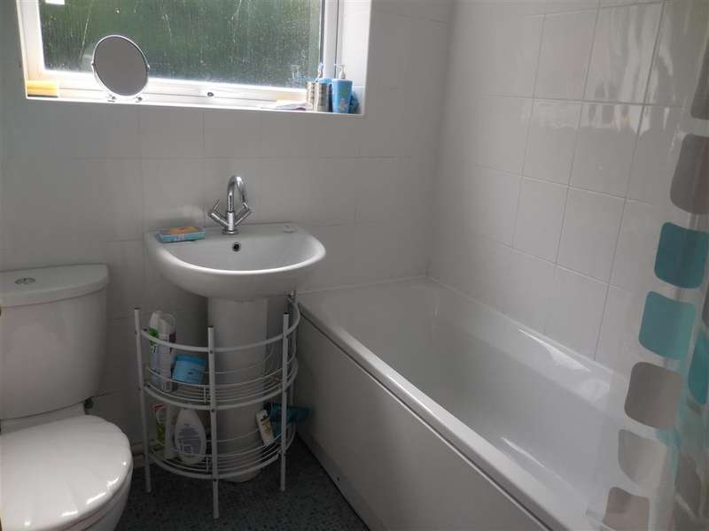 2 Bedrooms Semi Detached Bungalow for sale in Reach Road, St. Margarets-At-Cliffe, Dover, Kent