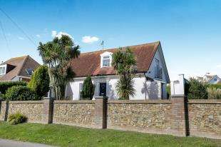 3 Bedrooms Detached House for sale in Dean Court Road, Rottingdean, Brighton, East Sussex