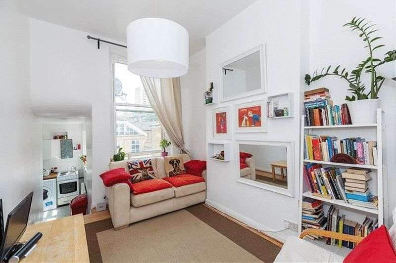 3 Bedrooms Flat for sale in Charteris Road, London NW6